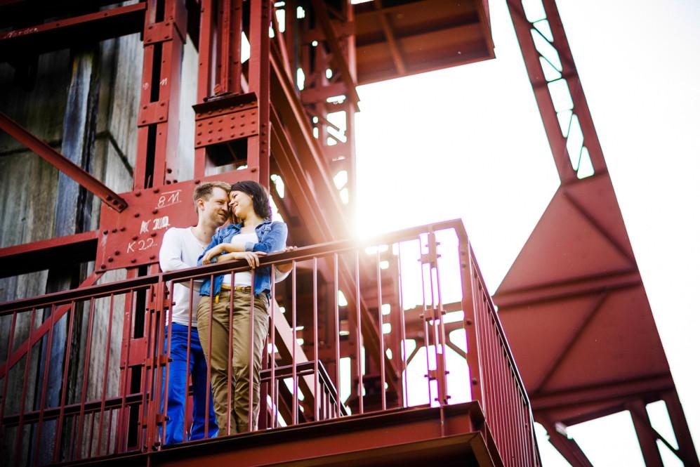 engagementshooting-engagement-essen-zeche-zollverein-duesseldorf-aachen-koeln-heinsberg-niederlande-paarfotos-hochzeitsfotografin-portfolio_003