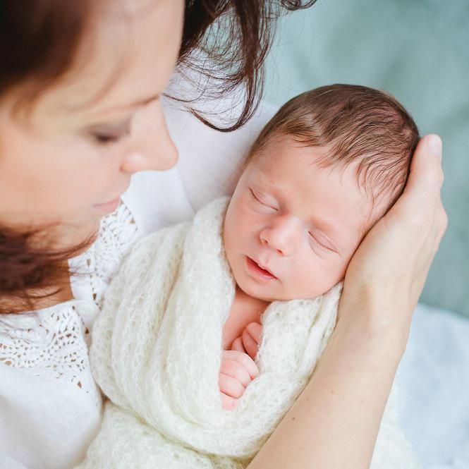 fotografin-newbornshooting-neugeborenes-babyshooting-babyfotos-schwangerschaftsshooting-aachen-herzogenrath-uebach-palenberg-geilenkirchen-koeln-duesseldorf-heinsberg-nrw-portfolio_006