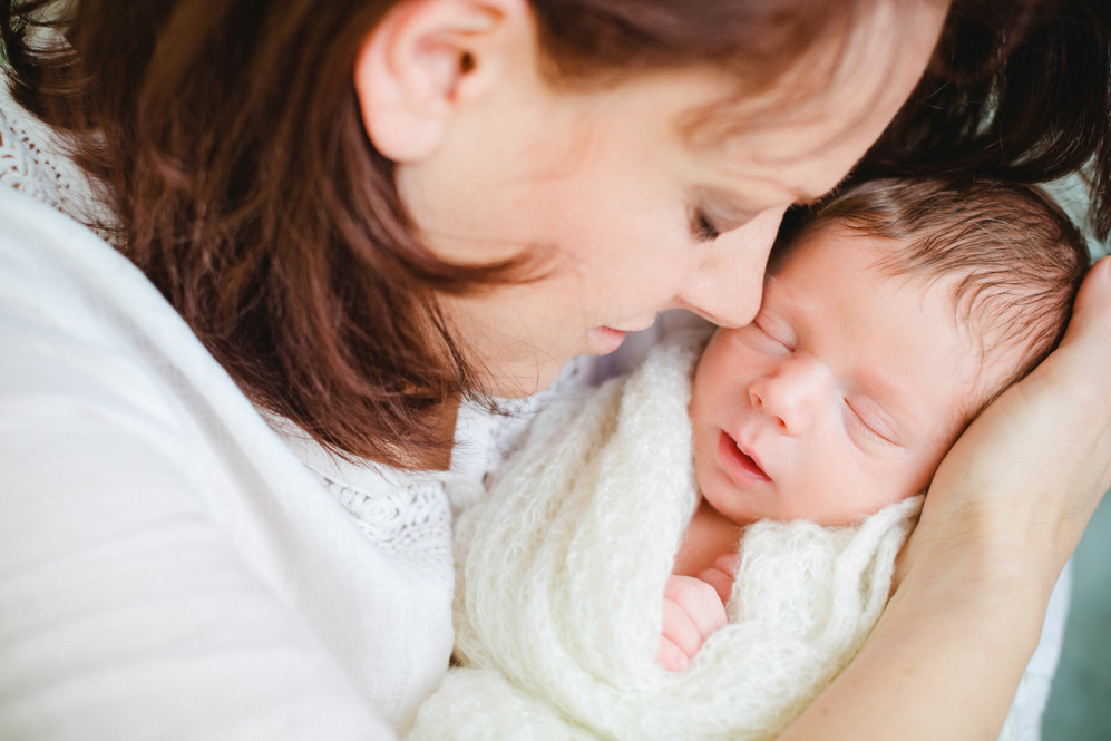 fotografin-newbornshooting-neugeborenes-babyshooting-babyfotos-schwangerschaftsshooting-aachen-herzogenrath-uebach-palenberg-geilenkirchen-koeln-duesseldorf-heinsberg-nrw-portfolio_007