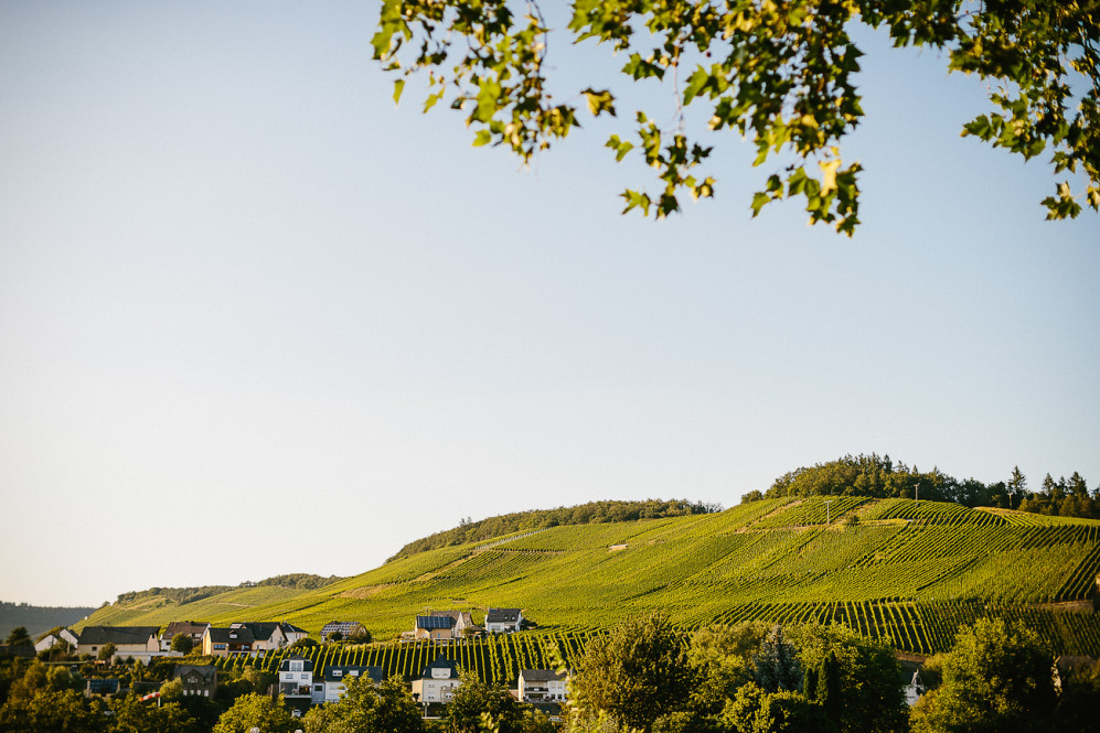heiraten_weinromantikhotel_richtershof_muelheim_mosel_hochzeitsfotograf_featured_096