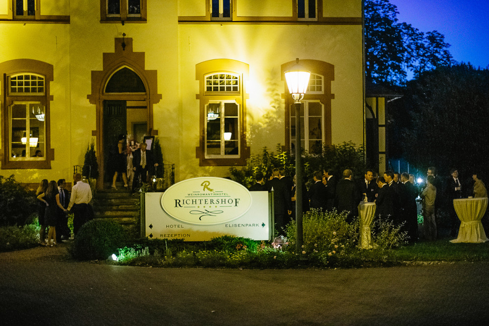 heiraten_weinromantikhotel_richtershof_muelheim_mosel_hochzeitsfotograf_featured_118