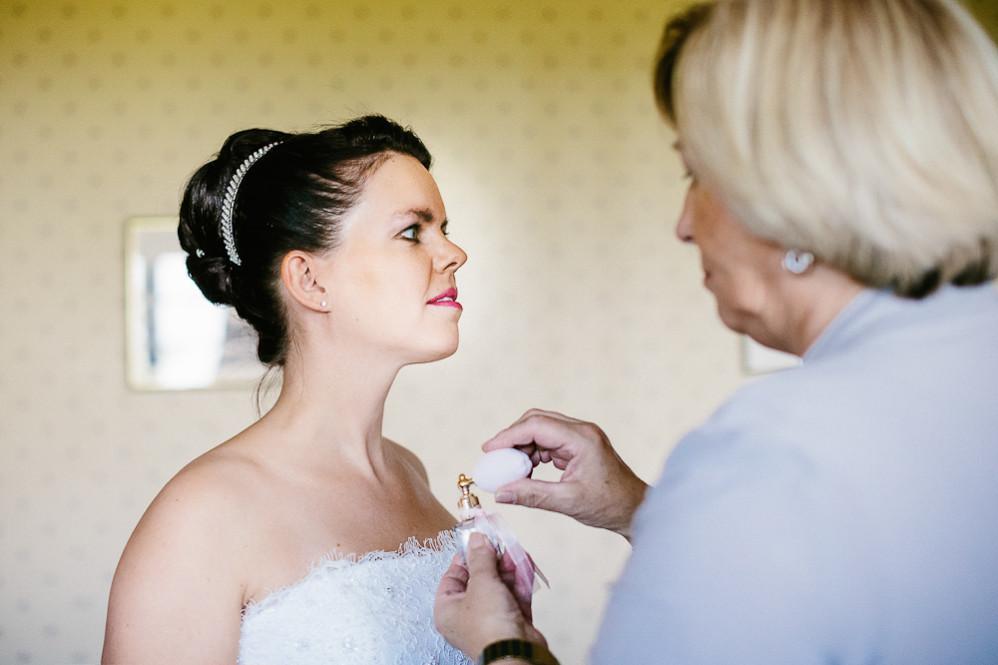 Hochzeitsfotografin_Buehl_Burg_Windeck_Badem_Wuerttemberg_Julia_Fot_featured_001_020