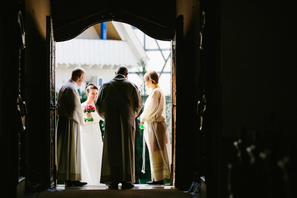 Hochzeitsfotografin_Buehl_Burg_Windeck_Badem_Wuerttemberg_Julia_Fot_featured_001_026