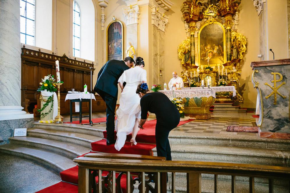 Hochzeitsfotografin_Buehl_Burg_Windeck_Badem_Wuerttemberg_Julia_Fot_featured_001_031