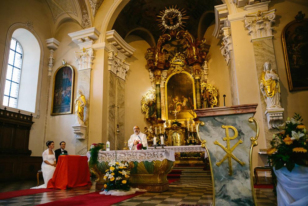 Hochzeitsfotografin_Buehl_Burg_Windeck_Badem_Wuerttemberg_Julia_Fot_featured_001_040
