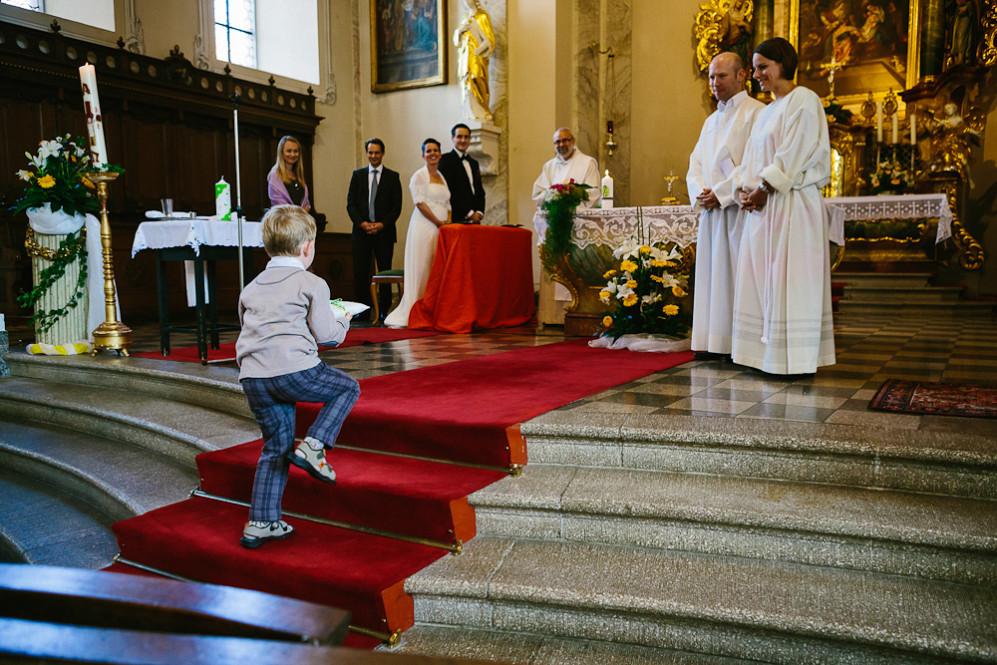 Hochzeitsfotografin_Buehl_Burg_Windeck_Badem_Wuerttemberg_Julia_Fot_featured_001_048