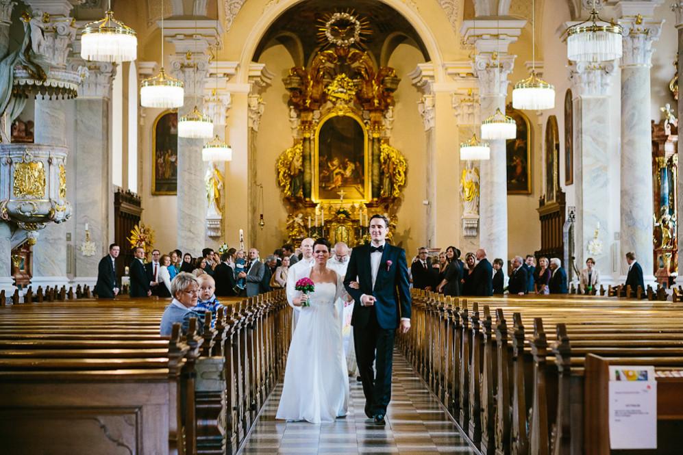 Hochzeitsfotografin_Buehl_Burg_Windeck_Badem_Wuerttemberg_Julia_Fot_featured_001_064