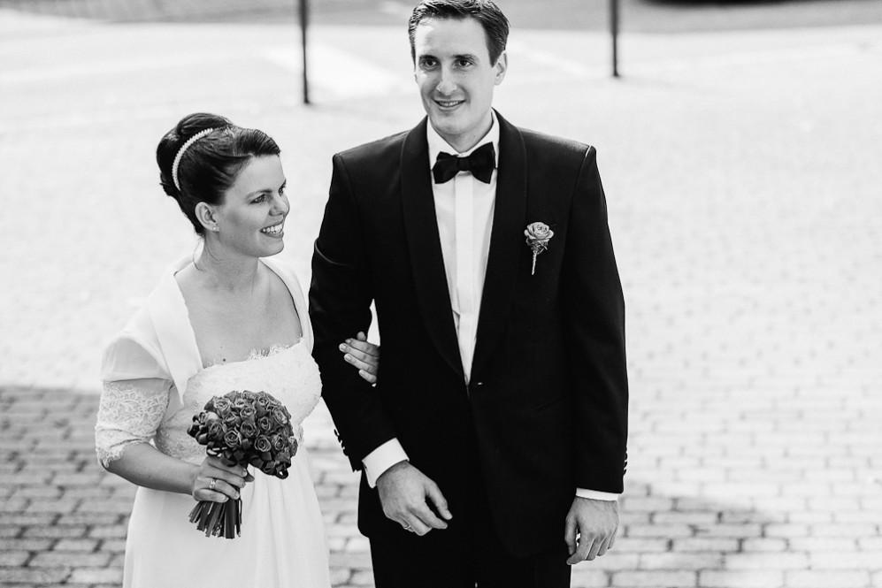 Hochzeitsfotografin_Buehl_Burg_Windeck_Badem_Wuerttemberg_Julia_Fot_featured_001_066