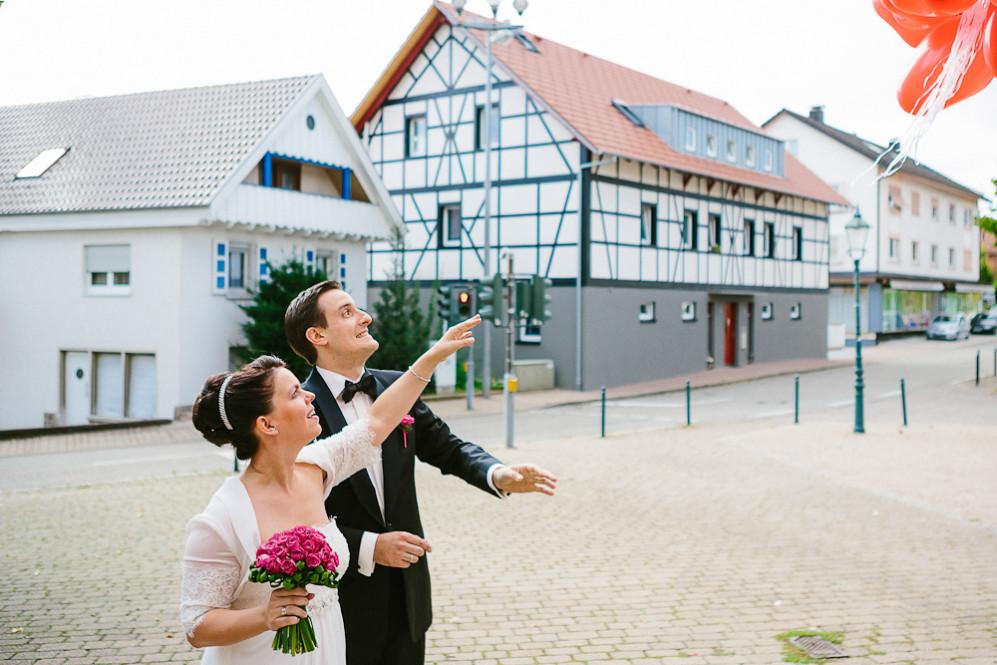 Hochzeitsfotografin_Buehl_Burg_Windeck_Badem_Wuerttemberg_Julia_Fot_featured_001_067
