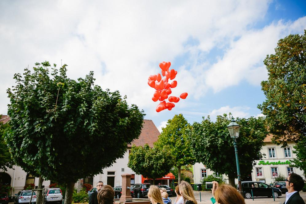Hochzeitsfotografin_Buehl_Burg_Windeck_Badem_Wuerttemberg_Julia_Fot_featured_001_068