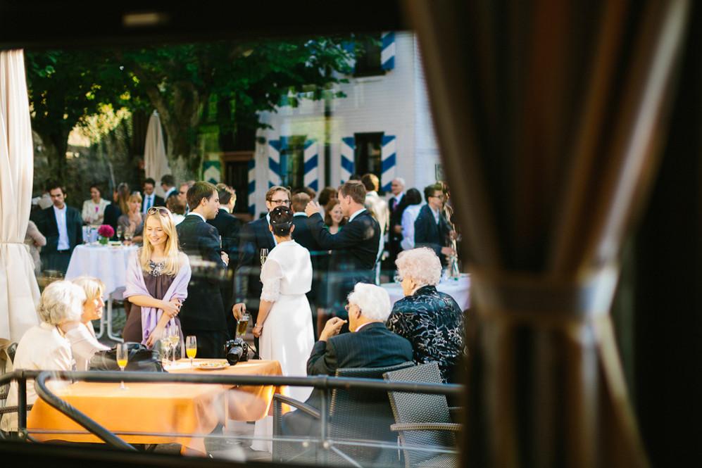 Hochzeitsfotografin_Buehl_Burg_Windeck_Badem_Wuerttemberg_Julia_Fot_featured_001_084