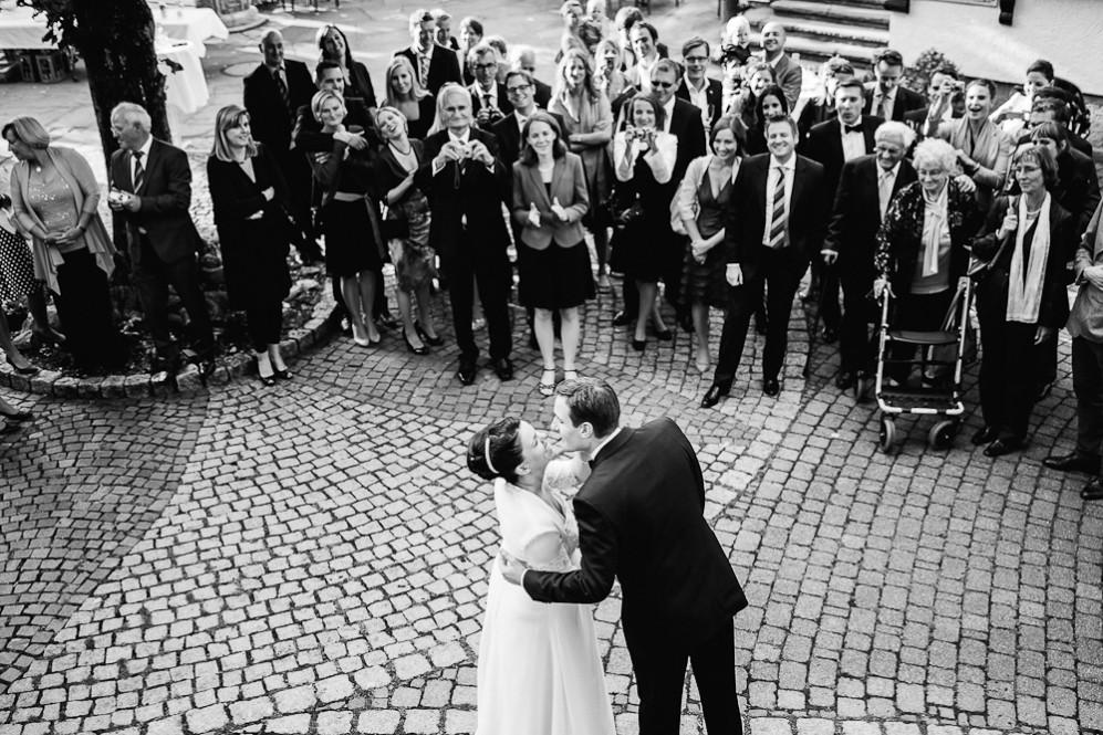 Hochzeitsfotografin_Buehl_Burg_Windeck_Badem_Wuerttemberg_Julia_Fot_featured_001_089