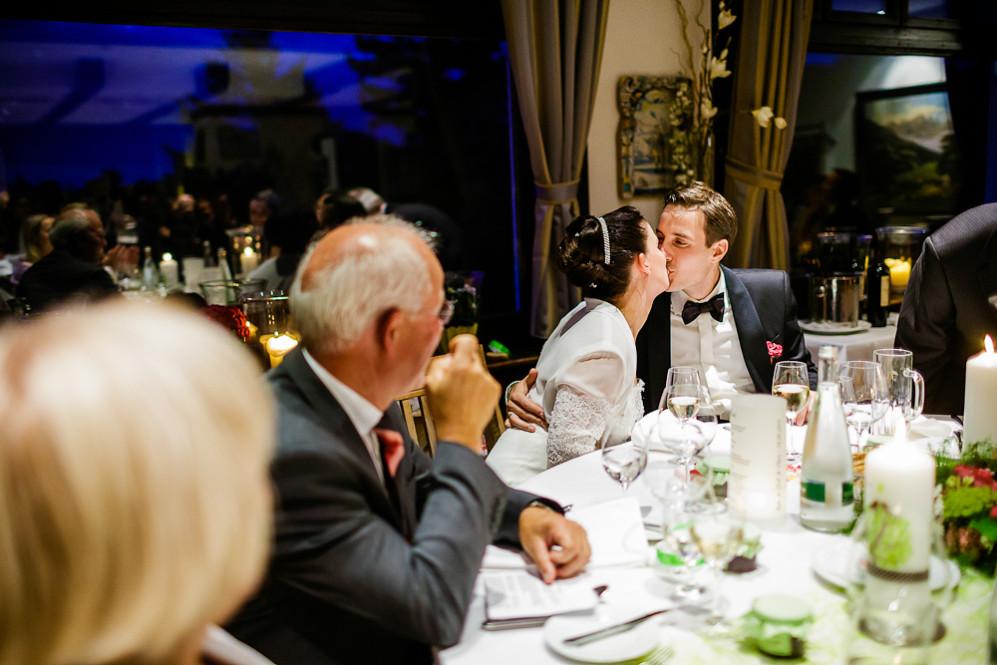 Hochzeitsfotografin_Buehl_Burg_Windeck_Badem_Wuerttemberg_Julia_Fot_featured_001_108
