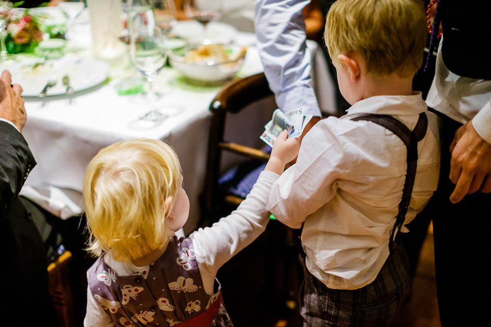 Hochzeitsfotografin_Buehl_Burg_Windeck_Badem_Wuerttemberg_Julia_Fot_featured_001_117