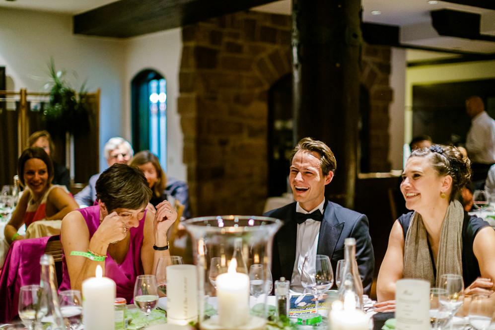 Hochzeitsfotografin_Buehl_Burg_Windeck_Badem_Wuerttemberg_Julia_Fot_featured_001_119