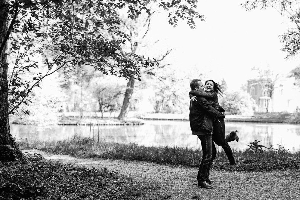 engagementshooting verlobungsshooting duesseldorf ratingen paarfotos schloss schlosspark heltorf featured 021