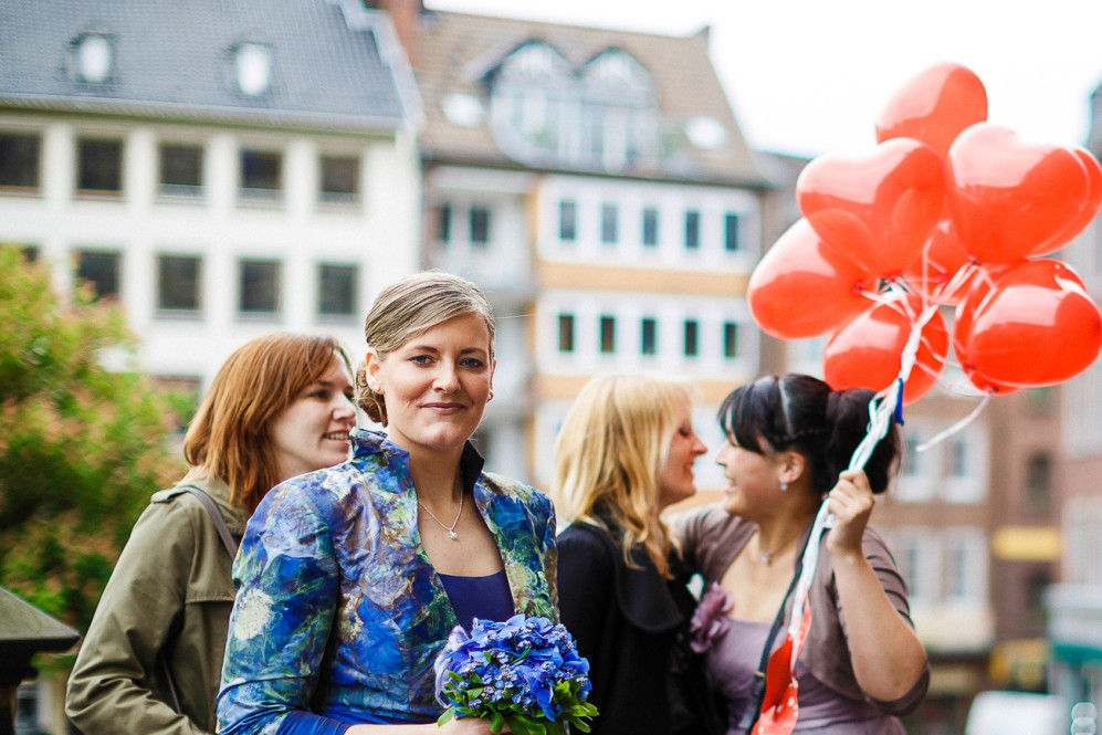 hochzeitsfotografin_aachen_weisser_saal_standesamt_ratskeller_markt_elisenbrunnen_duesseldorf_featured_008