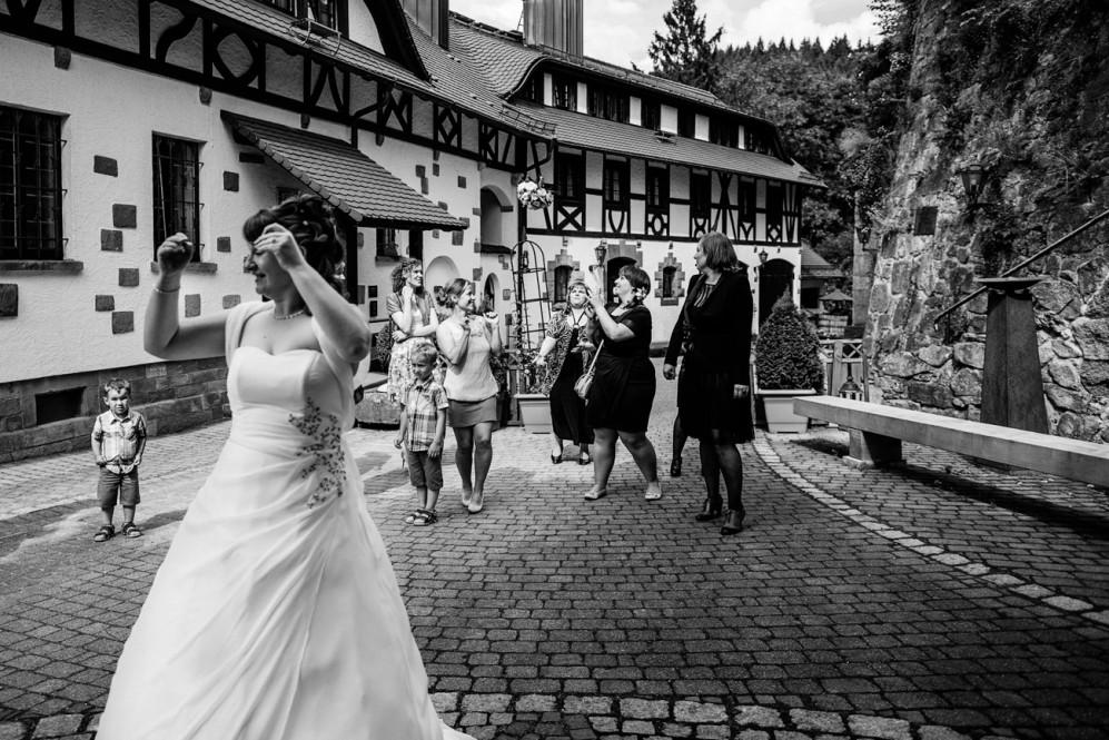 hochzeitsfotografin-burg-windeck-buehl-aachen-koeln-duesseldorf-kreis-heinsberg-nrw-baden-wuerttemberg-featured_090