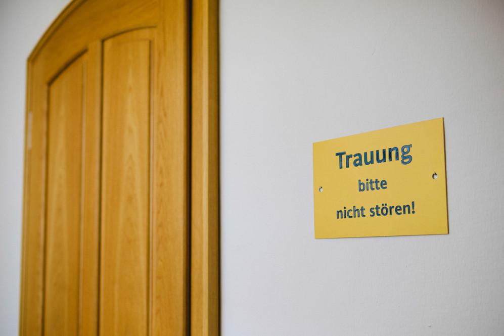 hochzeitsfotografin-duesseldorf-ratingen-auermuehle-liebevoll-standesamt-aachen-koeln-uebach-palenberg-geilenkirchen-heinsberg-nrw-featured_008